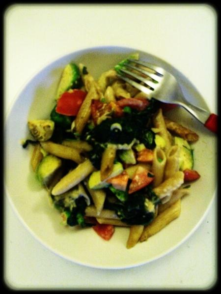 Nudel-Gemüseauflauf mit Sahnesoße