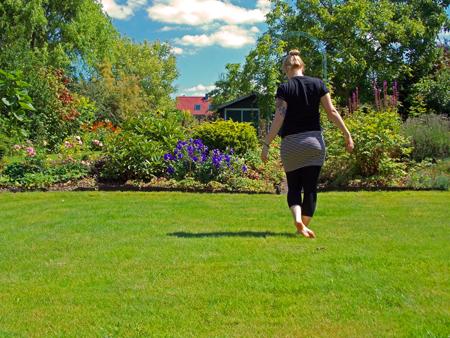 Ellen im Garten