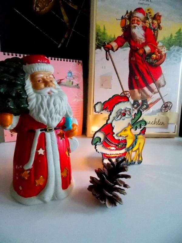 Drei Weihnachtsmänner